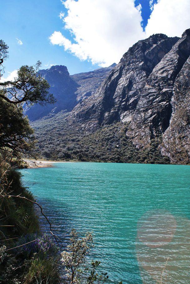 Turquoise lagoon on santa cruz trek